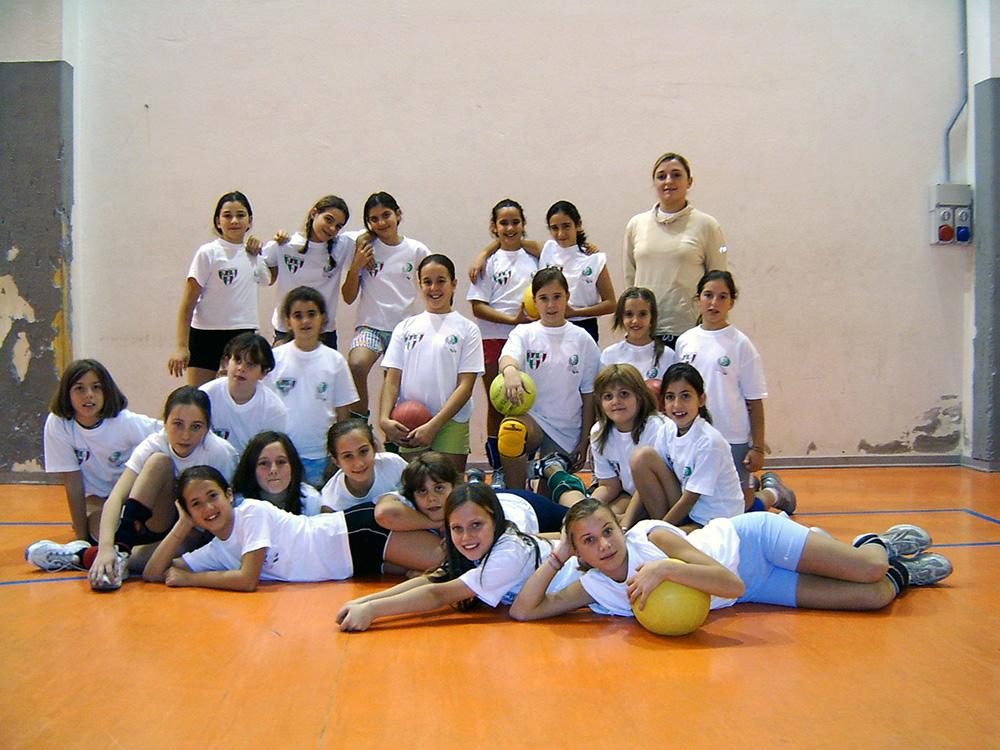 Minivolley-Stagione-2004-05-con-coach