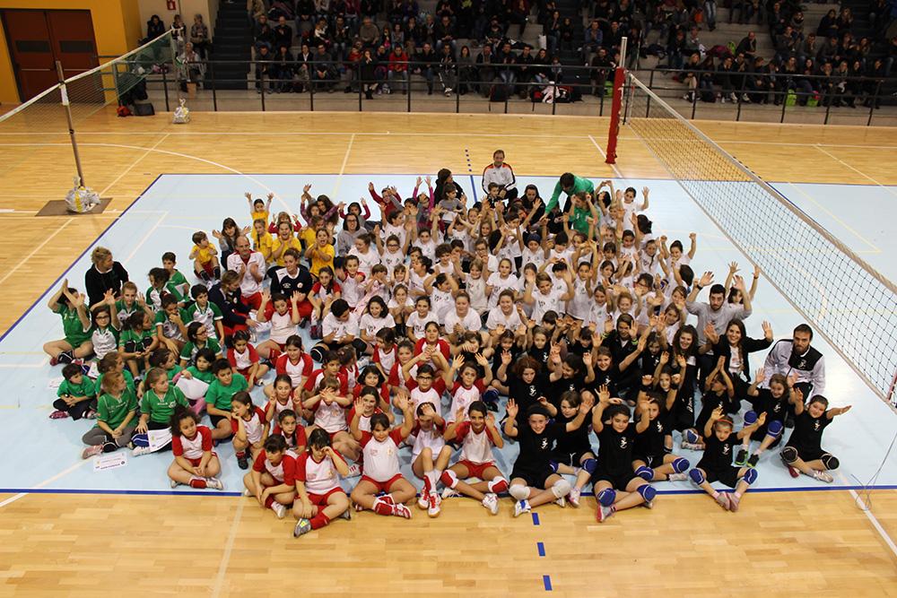 Torneo-Minivolley-a-Ornavasso-tuttle-le-squadre