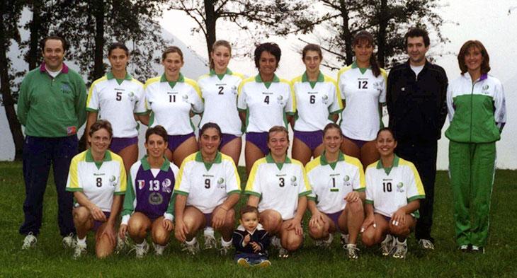 1° Squadra 200-01 con i coach Belatrmi e Guidetti